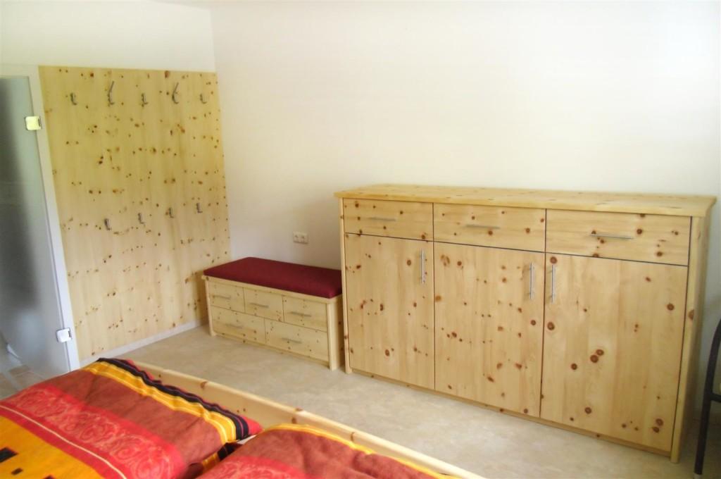 Einzelstuecke aus Zirbenholz
