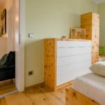 Schlafzimmer B. von Rosenkranz